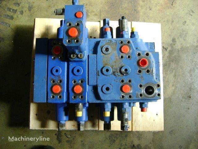 LIEBHERR Distributor distribuidor para LIEBHERR 632 cargadora de cadenas