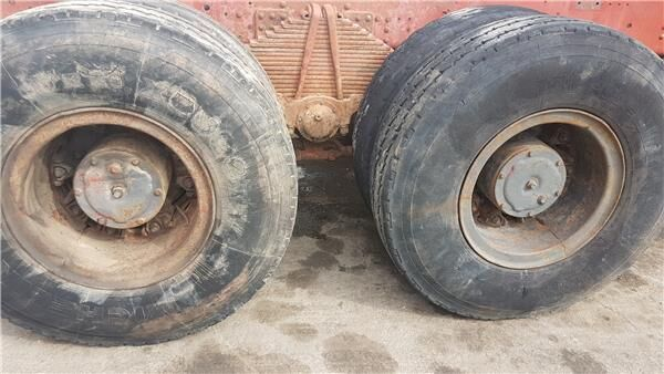 Llanta Izquierda Eje Trasero Iveco 260 PAC 26 DUMOPER 6X6 CABINA eje para IVECO 260 PAC 26 DUMOPER 6X6 CABINA MORRO camión