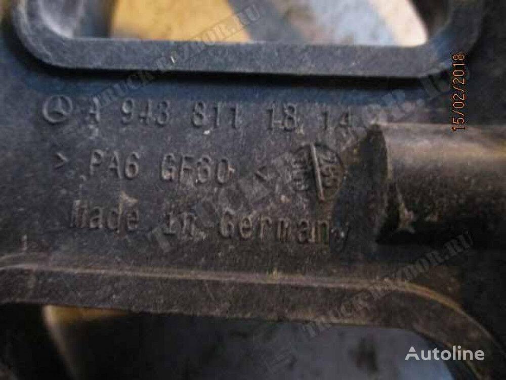 kronshteyn krepleniya solncezashchitnogo kozyrka (9438111814) elementos de sujeción para MERCEDES-BENZ tractora