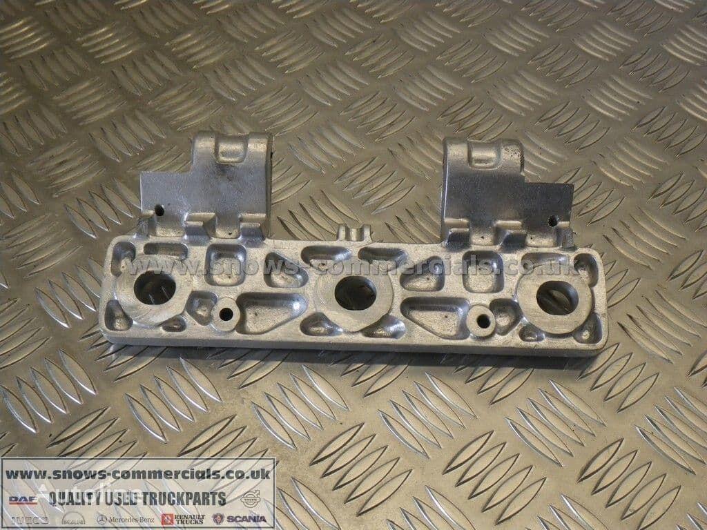 Grill step plate left/right (1336467) elementos de sujeción para DAF 95XF camión