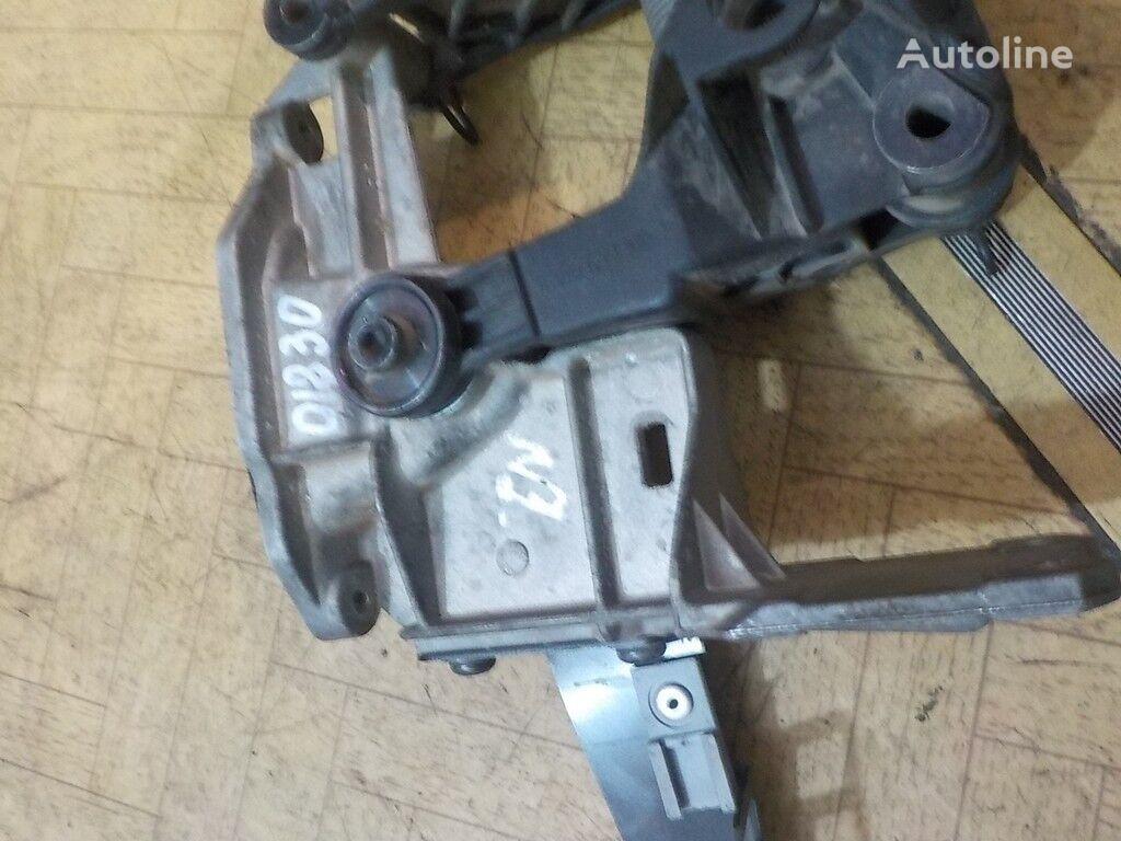 pedali akseleratora Scania elementos de sujeción para camión