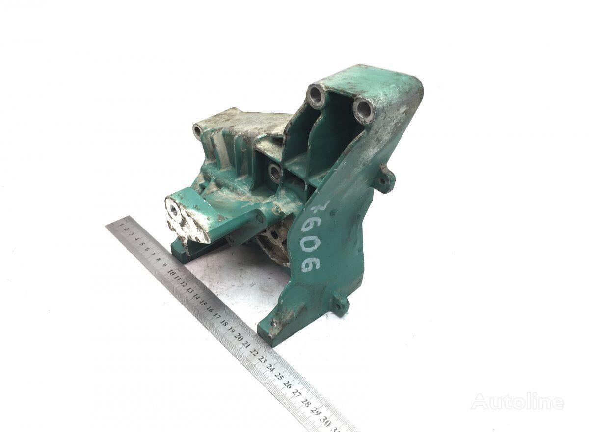 COMPRESSOR BRACKET VOLVO (20797692) elementos de sujeción para VOLVO FL II/FE (2005-) camión