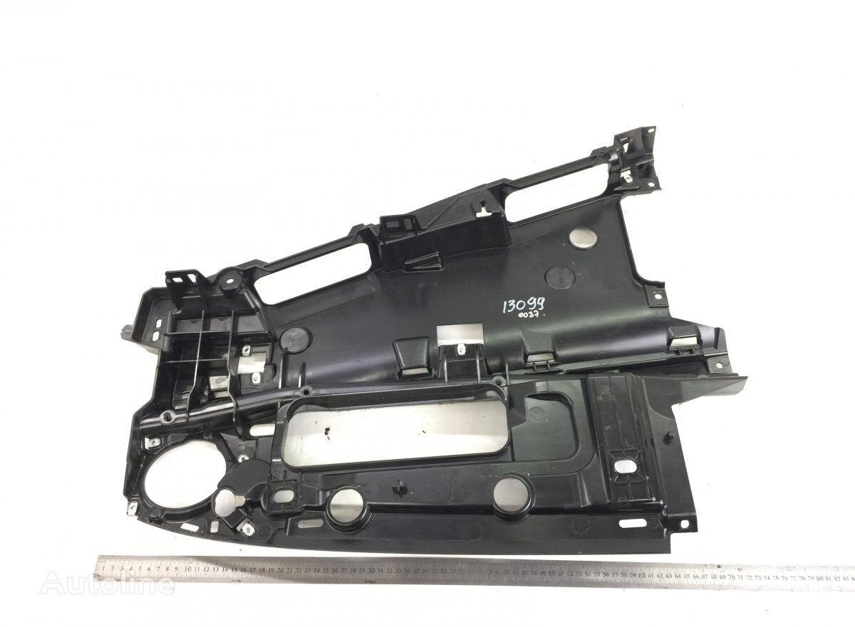 Dashboard bracket VOLVO (82328166) elementos de sujeción para VOLVO FH/FH16 (2012-) tractora