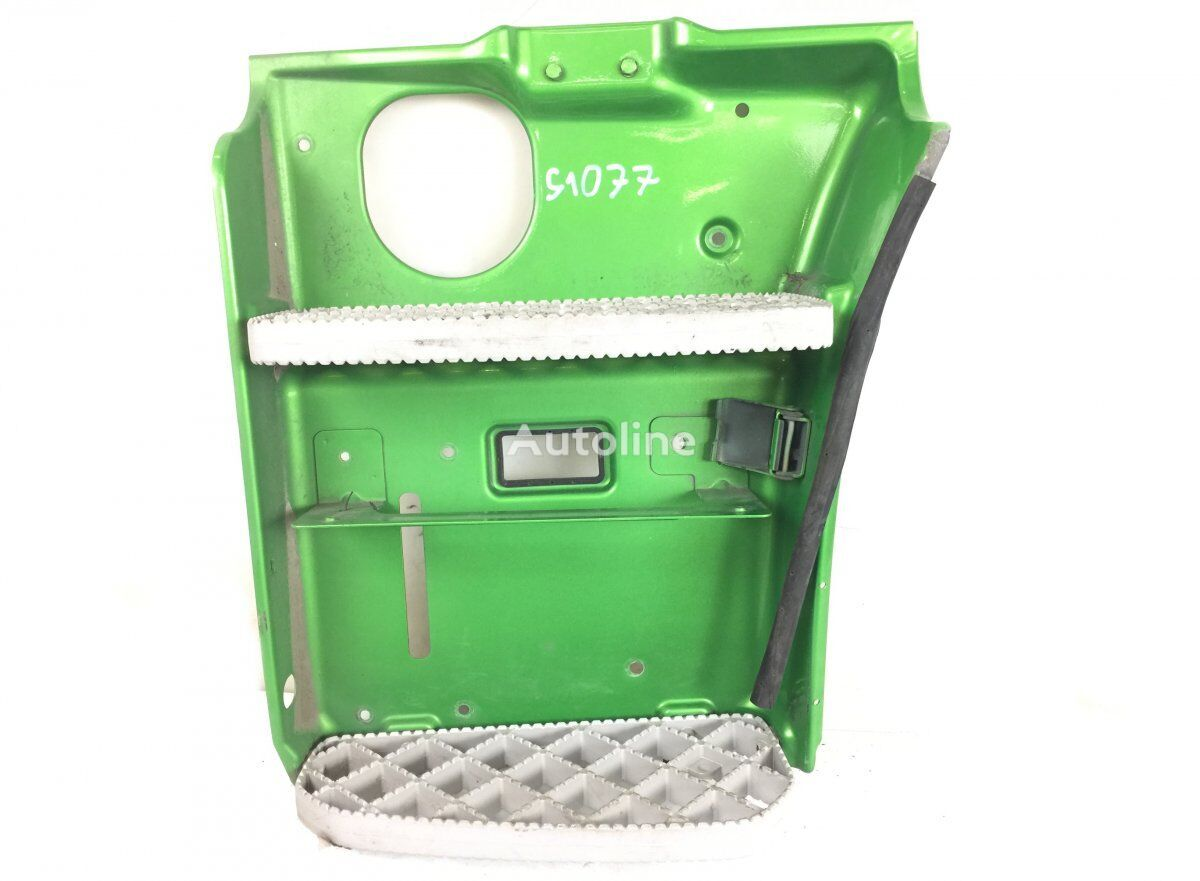 Step Plate Assembly, Left estribo para SCANIA P G R T-series (2004-) tractora