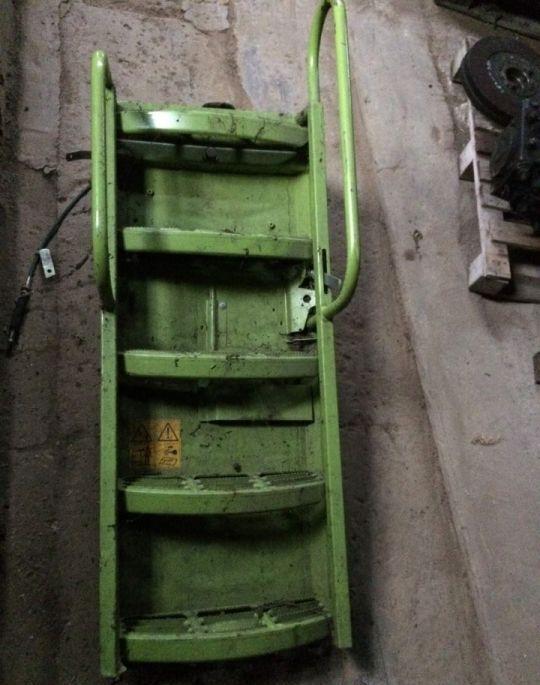 Schody / Stopnica estribo para CLAAS Lexion  cosechadora de cereales