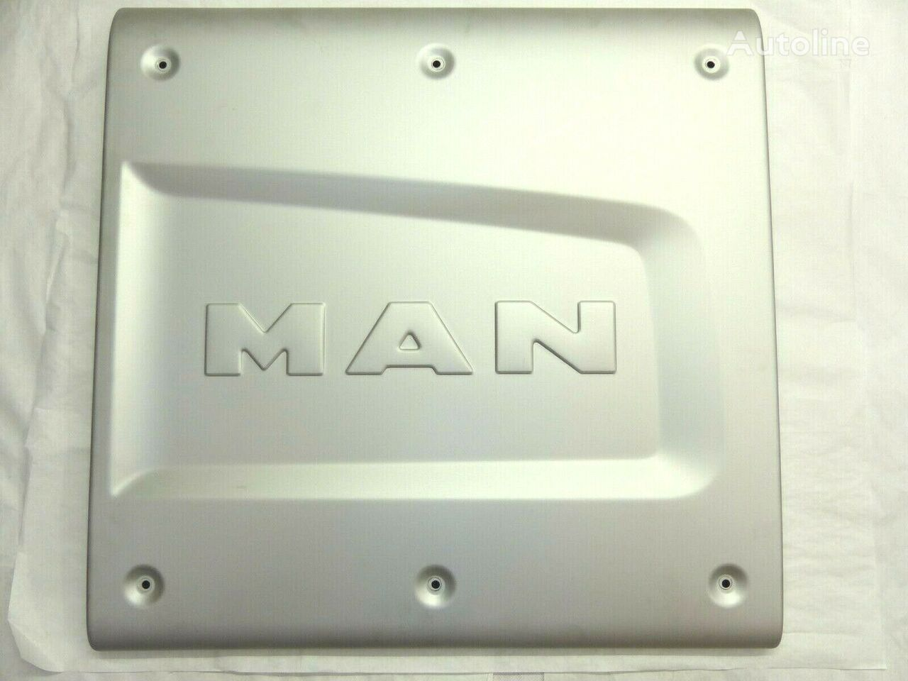 MAN Original Abschirmblech 68x66 cm (00000001) fascia delantera para tractora