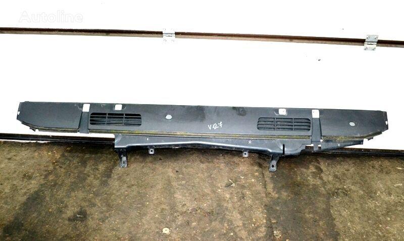 VOLVO Plastikovaya nakladka pod lobovym steklom srednyaya chast (20769628) fascia delantera para VOLVO FM/FH (2005-2012) camión