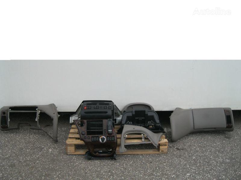 PRZEKŁADKA PRZERÓBKA KABINY Z ANGLIKA forro para DAF XF 105 tractora