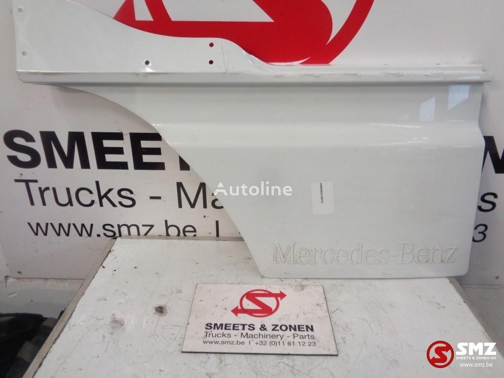MERCEDES-BENZ Occ deur verlenging rechts forro para MERCEDES-BENZ camión