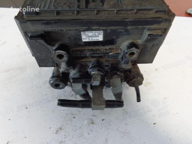 MAN KNORR-BREMSE 81521066047, 8121066046 KNORR-BREMSE grúa neumática para MAN TGX tractora
