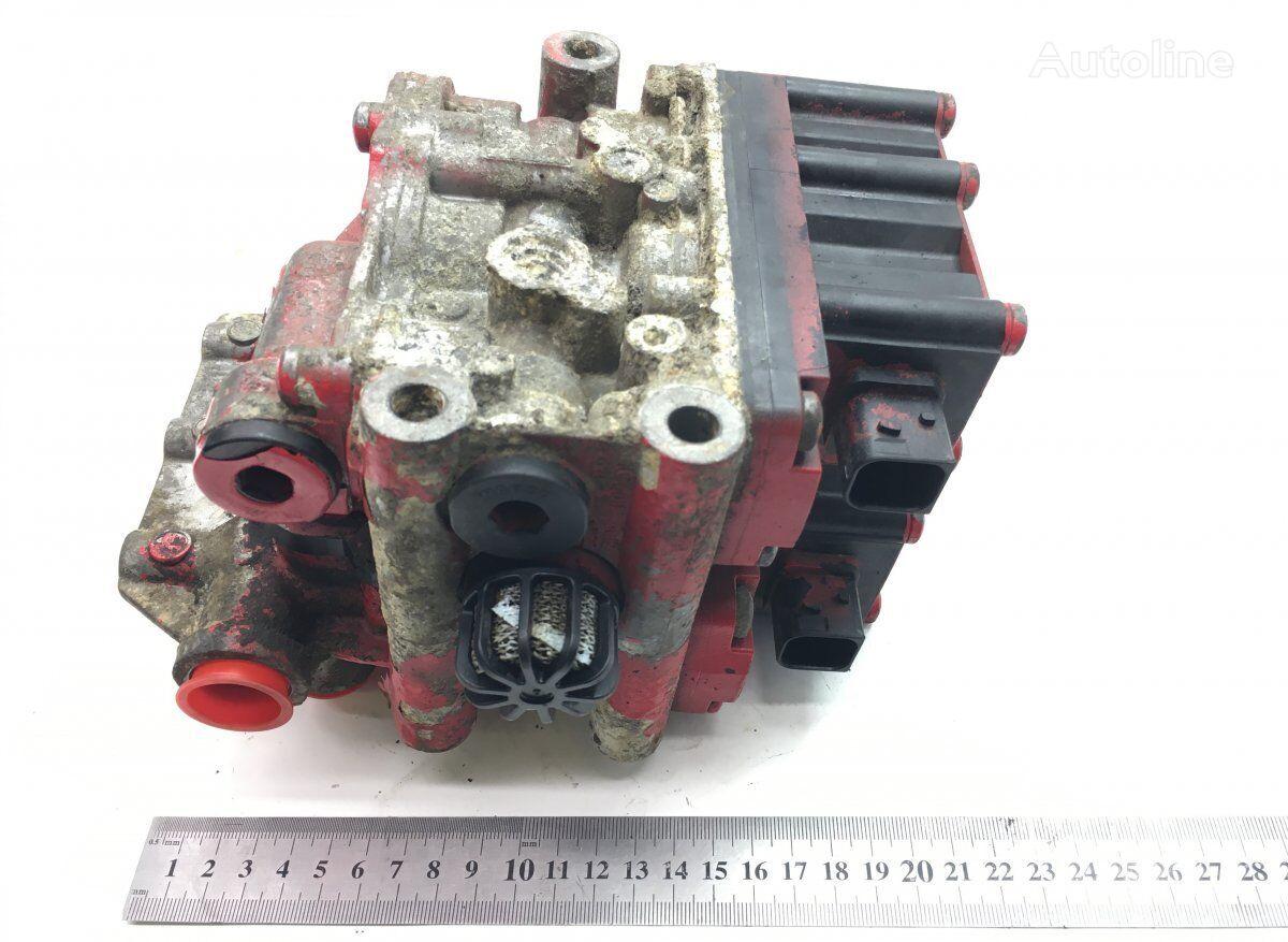 WABCO XF106 (01.14-) (1888016) grúa neumática para DAF tractora