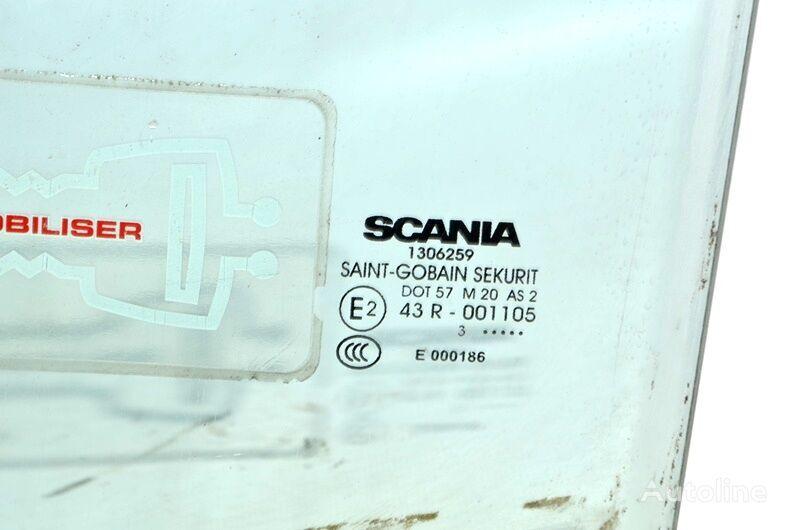 SCANIA 4-series 114 (01.95-12.04) (1306259) luna lateral para SCANIA 4-series 94/114/124/144/164 (1995-2004) camión
