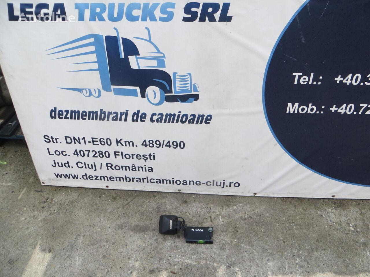 (81251400154) luz antiniebla para MAN tractora
