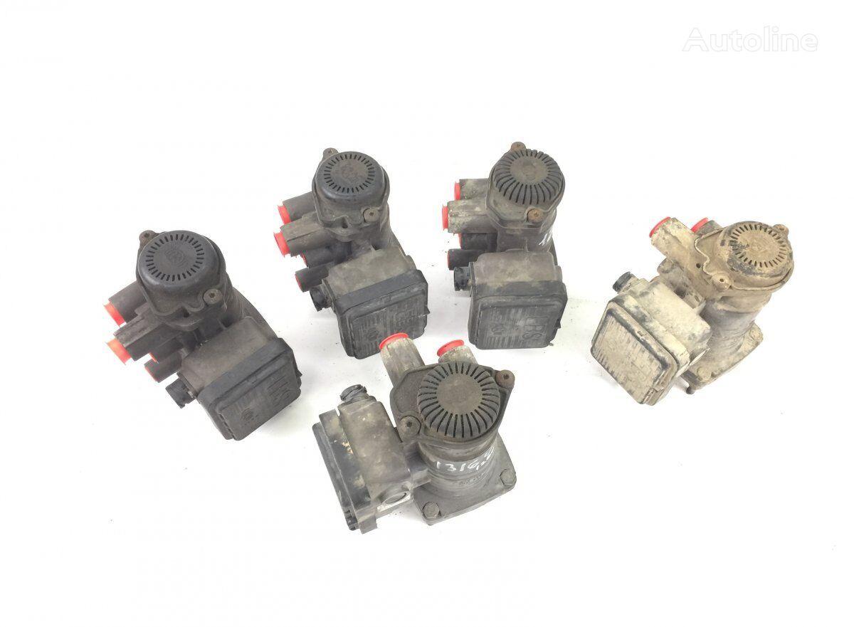 KNORR-BREMSE (01.04-) modulador EBS para SCANIA P G R T-series (2004-) tractora