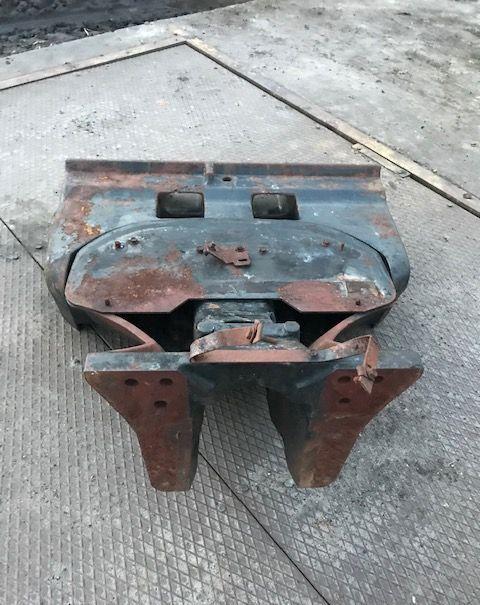 Adaptacja Obciążników otra pieza de carrocería para CASE IH Magnum tractor