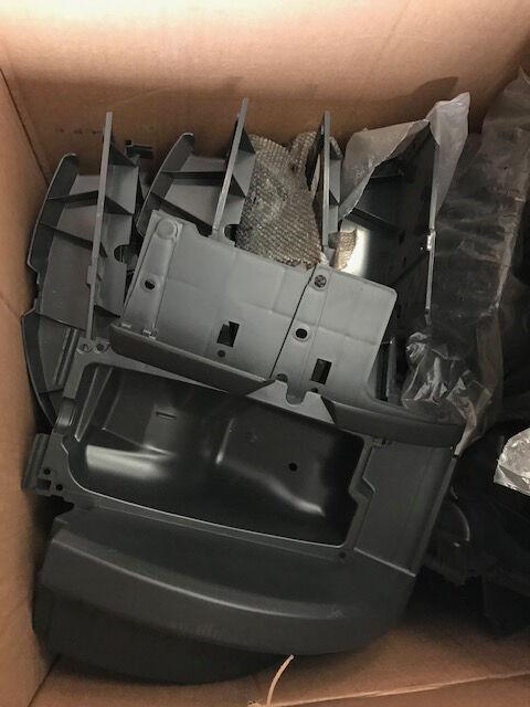 Scatola porta faro sinistra e destra/Headlamp housing left and right otra pieza de carrocería para SCANIA SERIE R camión