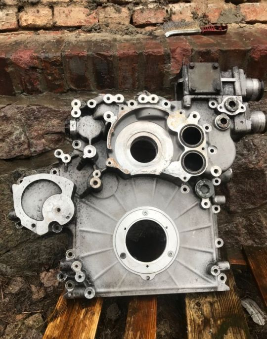 Obudowa Rozrządu otra pieza del motor para retroexcavadora