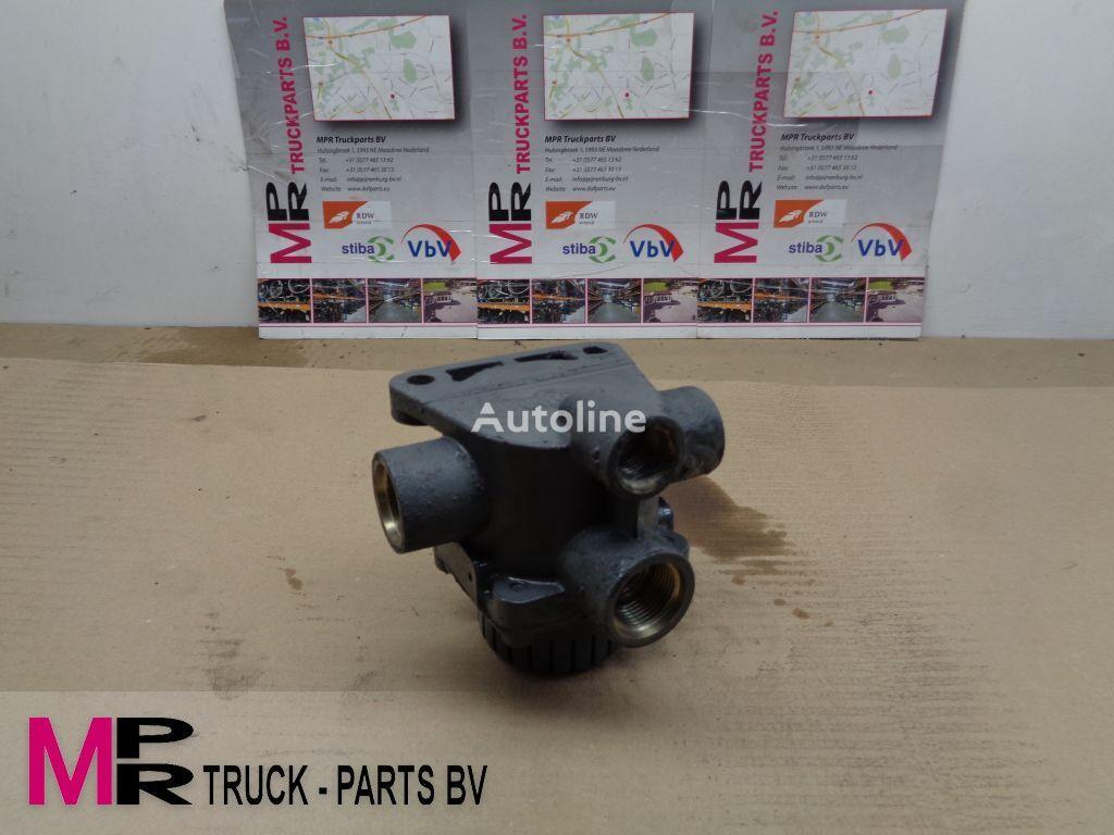 DAF 1360613 Relaisventiel Parkeerrem CF/XF (1360613) otra pieza del sistema de frenado para Daf CF/XF camión