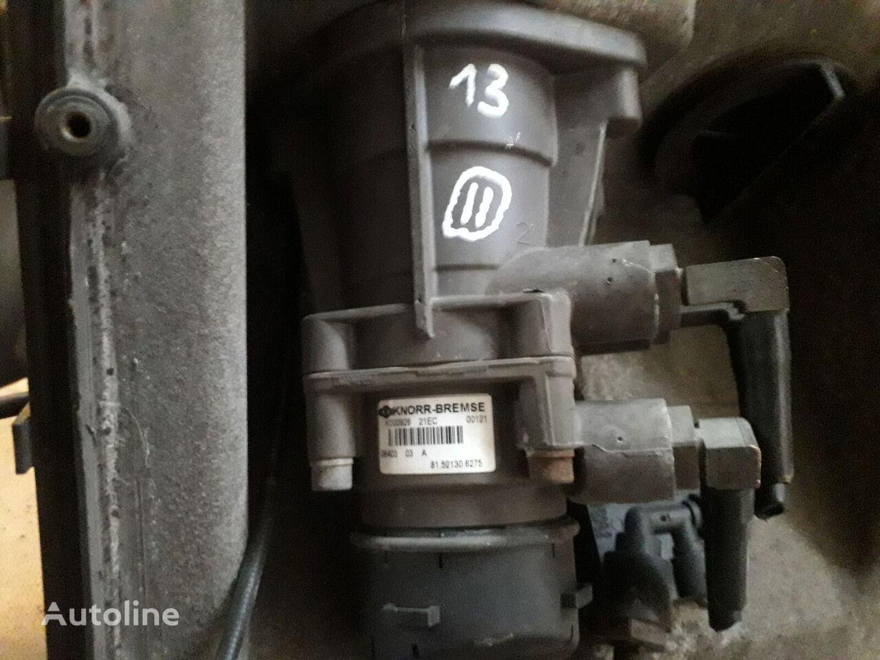 Golovniy tormozniy kran KNORR-BREMSE (81.52130.6275) otra pieza del sistema de suspensión para MAN TGA tractora