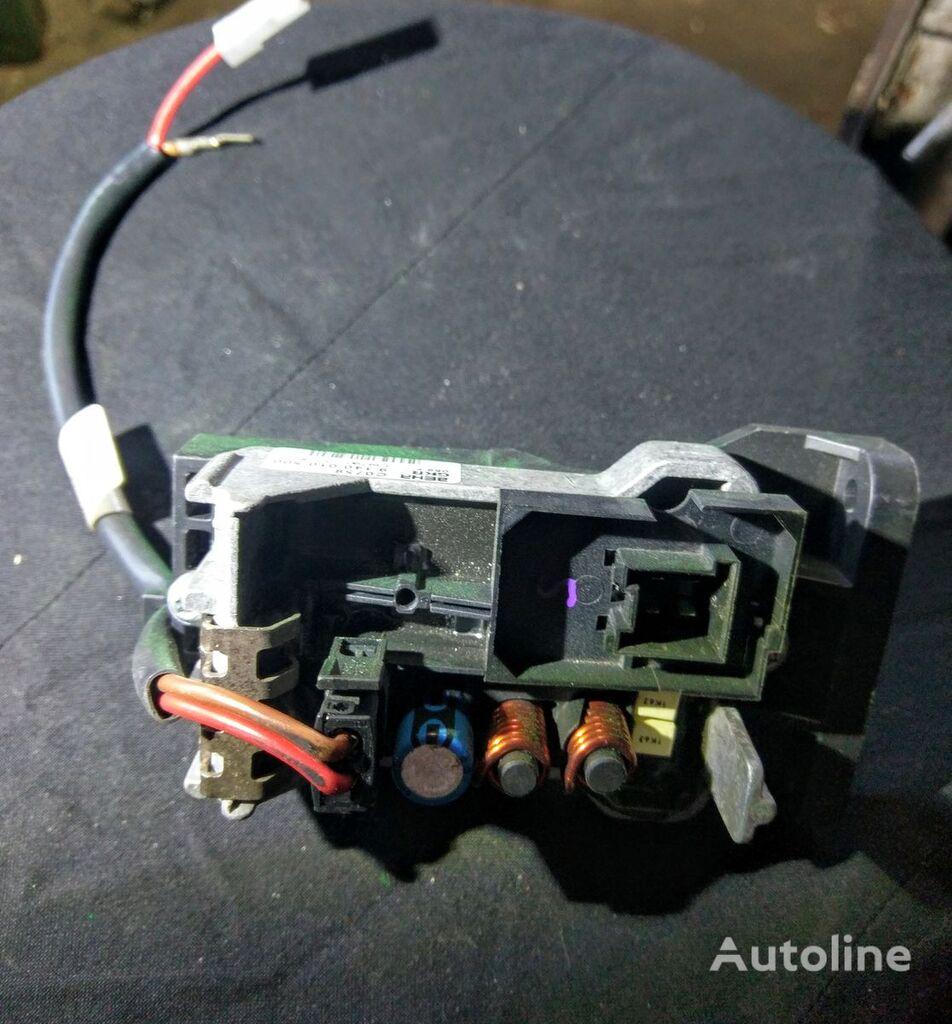 MAN TG BEHR GKR C0758 (058 F 139790) otra pieza del sistema eléctrico para tractora