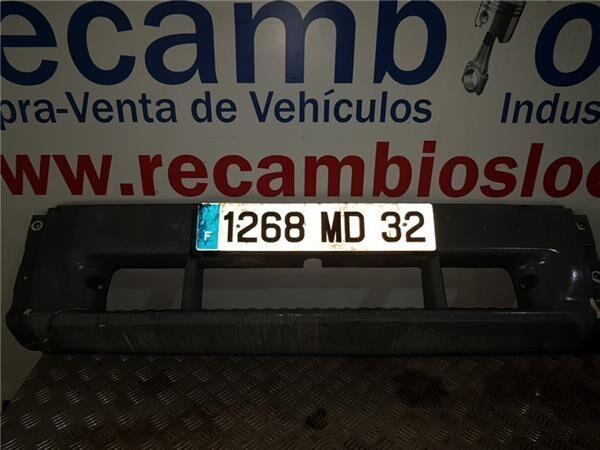 Paragolpes Delantero Mercedes-Benz Atego 4-Cilindros 4x2/BM 970/ parachoques para MERCEDES-BENZ Atego 4-Cilindros 4x2/BM 970/2/5/6 818 (4X2) OM 904 LA [4,3 Ltr. - 130 kW Diesel (OM 904 LA)] tractora