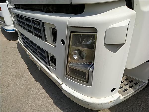 Paragolpes Delantero Volvo FH  12   2002 -> FG  LOW  4X2 [12,1 L parachoques para VOLVO FH 12 2002 -> FG LOW 4X2 [12,1 Ltr. - 338 kW Diesel (D12D460)] camión