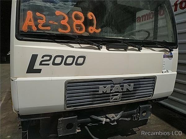 Calandra MAN L2000 9.153-10.224 EuroI/II Chasis    9.153  F / LC parrilla de radiador para MAN L2000 9.153-10.224 EuroI/II Chasis 9.153 F / LC E 1 [4,6 Ltr. - 114 kW Diesel] camión
