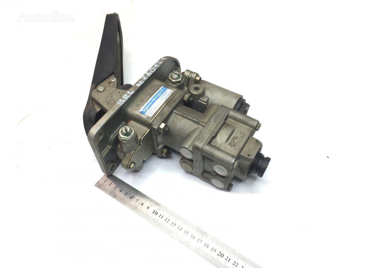 WABCO Brake Main Valve with Pedal (3028742 158810) pedal de freno para VOLVO B6/B9/B10/B12 (1973-2003) autobús