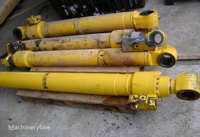 pistón para NEW HOLLAND E 215 excavadora