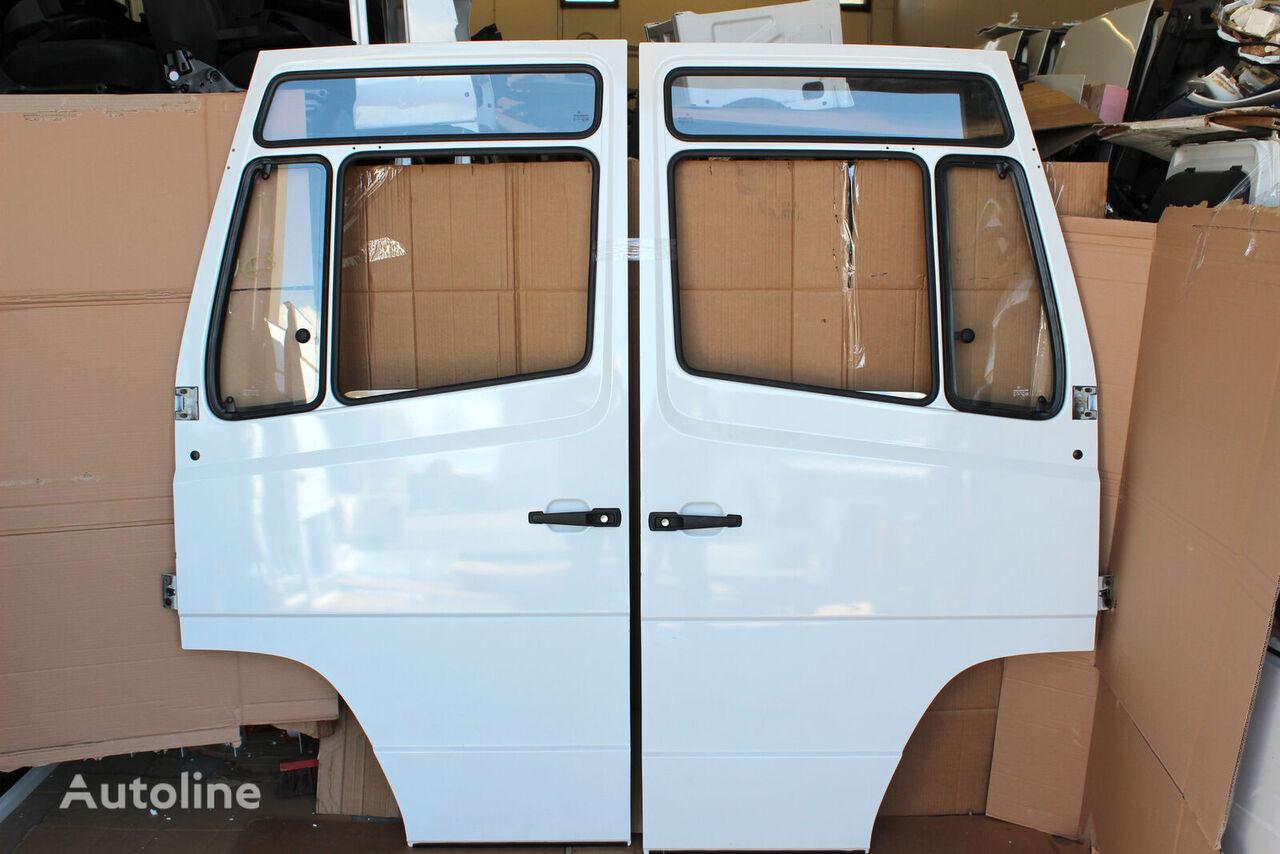 puerta para MERCEDES-BENZ Vario 609d-814d camión nueva