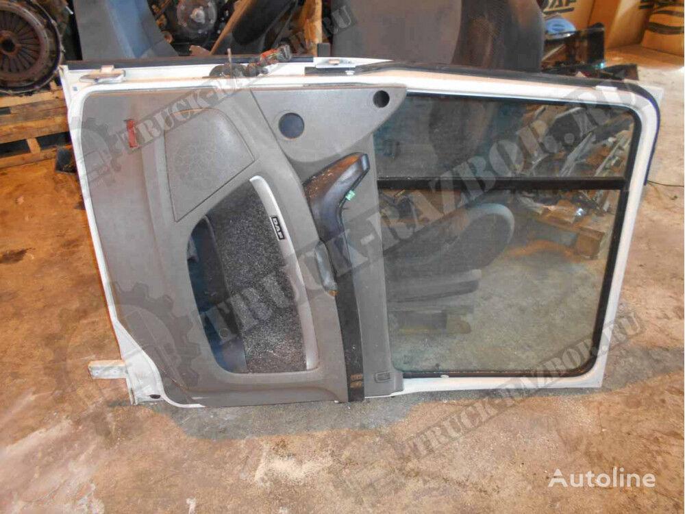 MERCEDES-BENZ v sbore, R (1676956) puerta para MERCEDES-BENZ tractora
