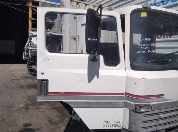 Puerta Delantera Derecha Nissan EBRO L35.09 puerta para NISSAN EBRO L35.09 camión