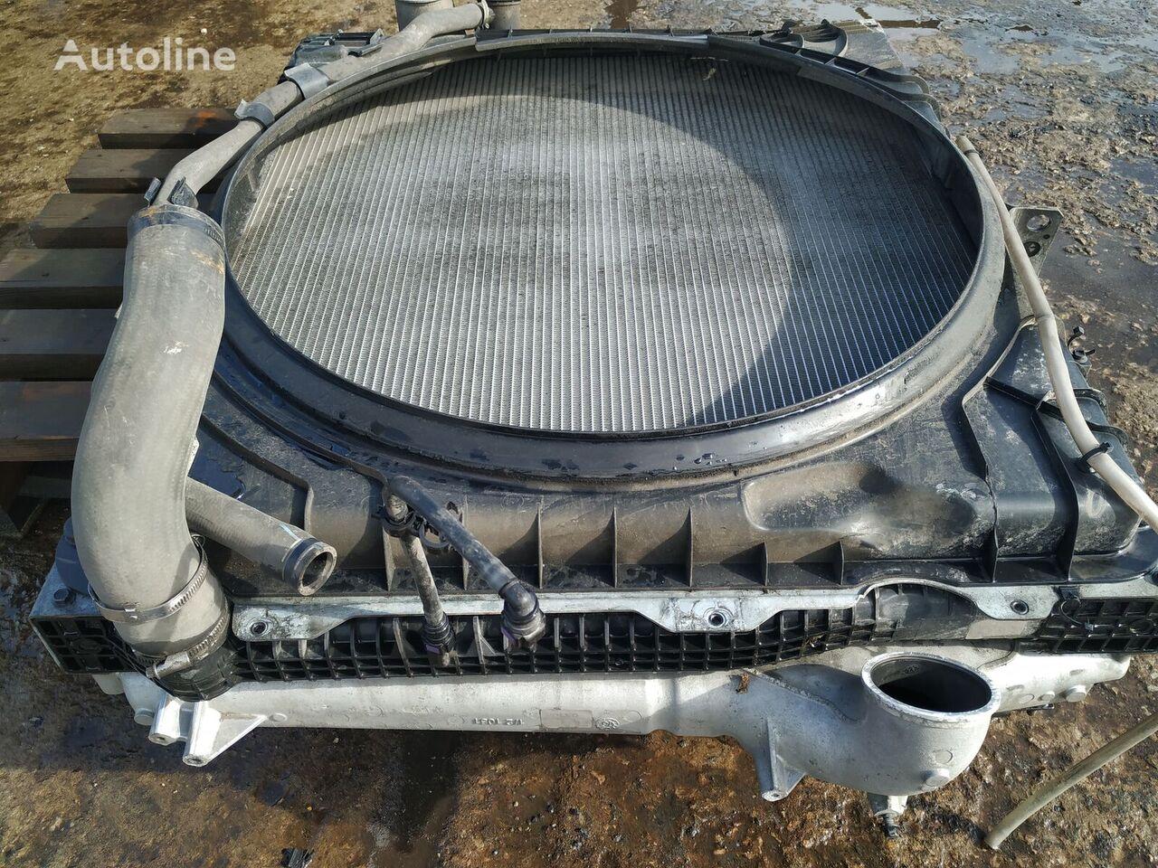 (21631996) radiador de refrigeración del motor para VOLVO FH4 tractora