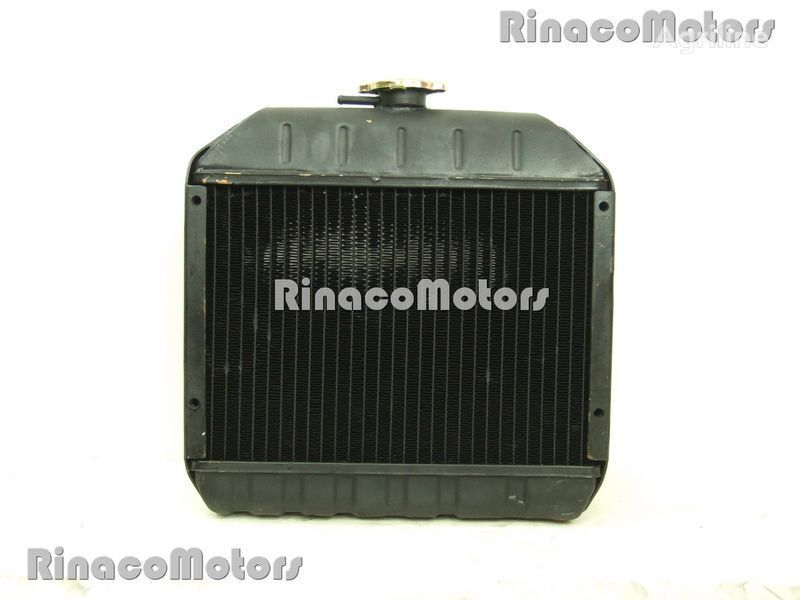 Kubota radiador de refrigeración del motor para KUBOTA B6000, B7000 tractor nuevo