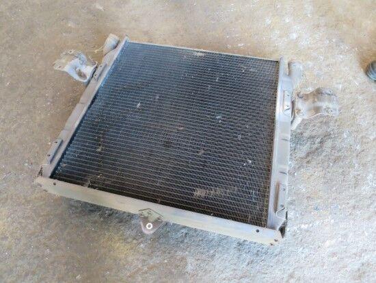SCANIA radiador de refrigeración del motor para SCANIA 112/113/92/93  tractora