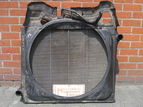 radiador de refrigeración del motor para SCANIA P 94 camión