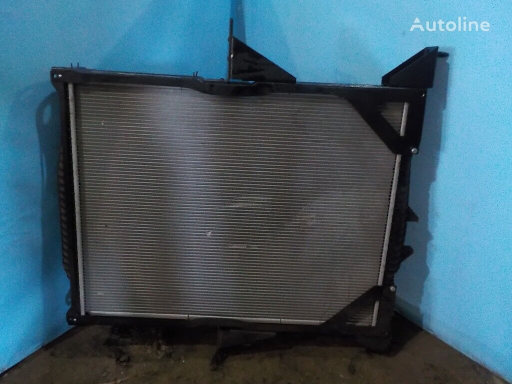 VOLVO NISSENS radiador de refrigeración del motor para VOLVO camión