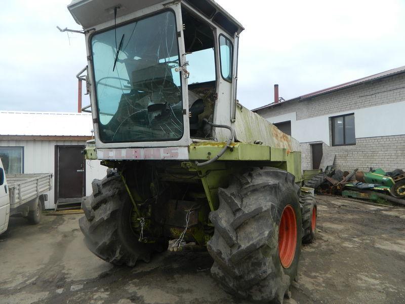 b/u zapchasti/ used spare parts CLAAS recambios para CLAAS JAGUAR 690 cabezal de maíz