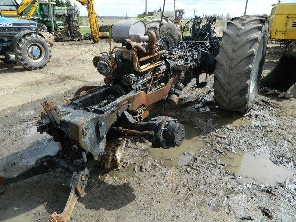 b/u zapchasti / used spare parts DEUTZ-FAHR recambios para DEUTZ-FAHR AGROTRON 130 tractor