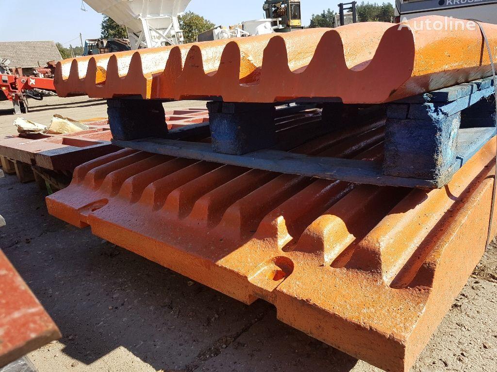 Extec, Sandvik  EXTEC C12 jaws, wear plates recambios para EXTEC C12, QJ 340 trituradora