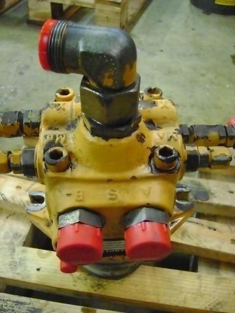 Swing Motor  LIEBHERR recambios para LIEBHERR 902 excavadora