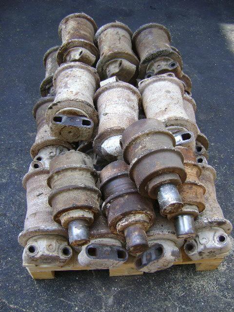 recambios Roller  NEW HOLLAND para excavadora NEW HOLLAND E 385 B