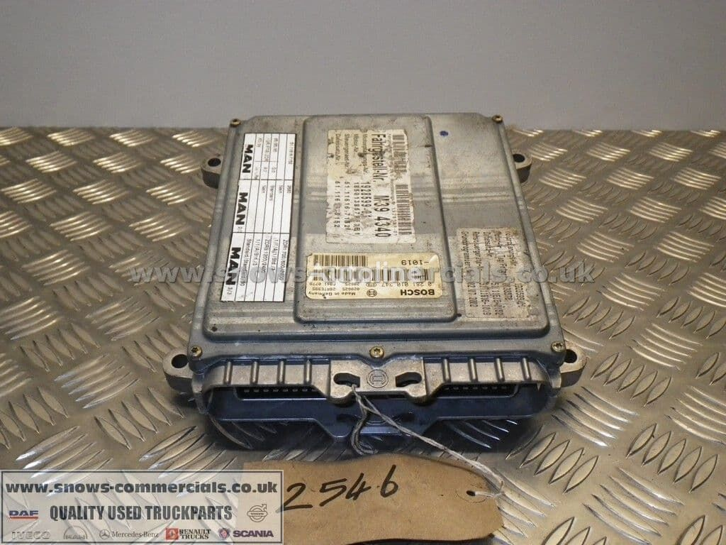 BOSCH Engine ECU (51.11616-7152) unidad de control para MAN 18.225 camión