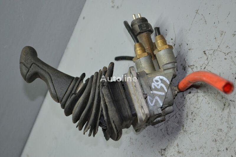 KNORR-BREMSE (390286 1108720) válvula del freno de mano para SCANIA 3-series 93/113/143 (1988-1995) camión