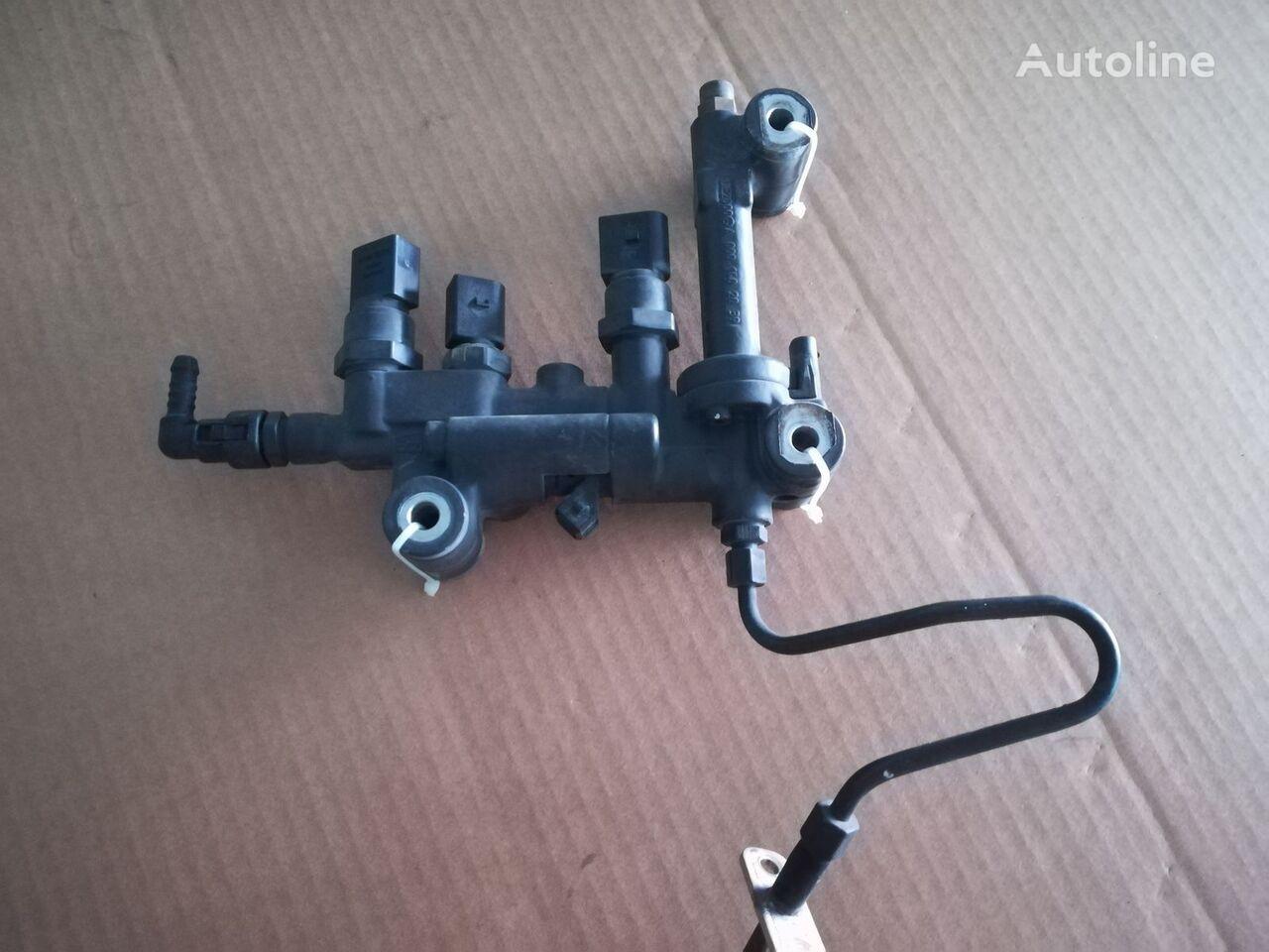 MERCEDES-BENZ (0001402039) válvula neumática para camión