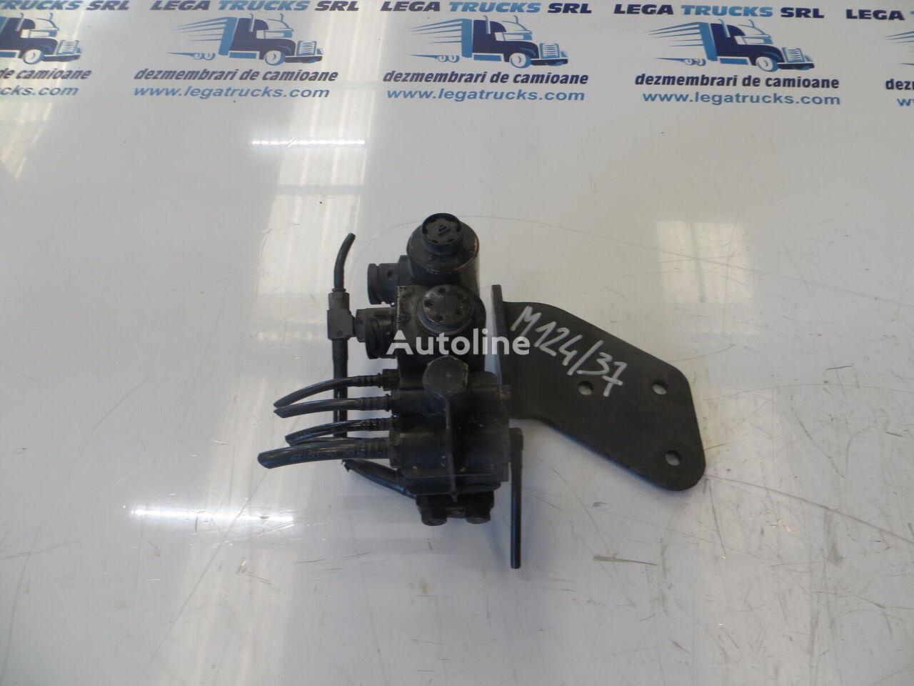 Distribuitor aer (81981836000) válvula neumática para MAN TGA 430 tractora