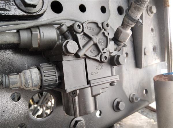 Valvula Abs Eje Delantero Iveco Stralis AD 260S31, AT 260S31 válvula neumática para IVECO Stralis AD 260S31, AT 260S31 tractora