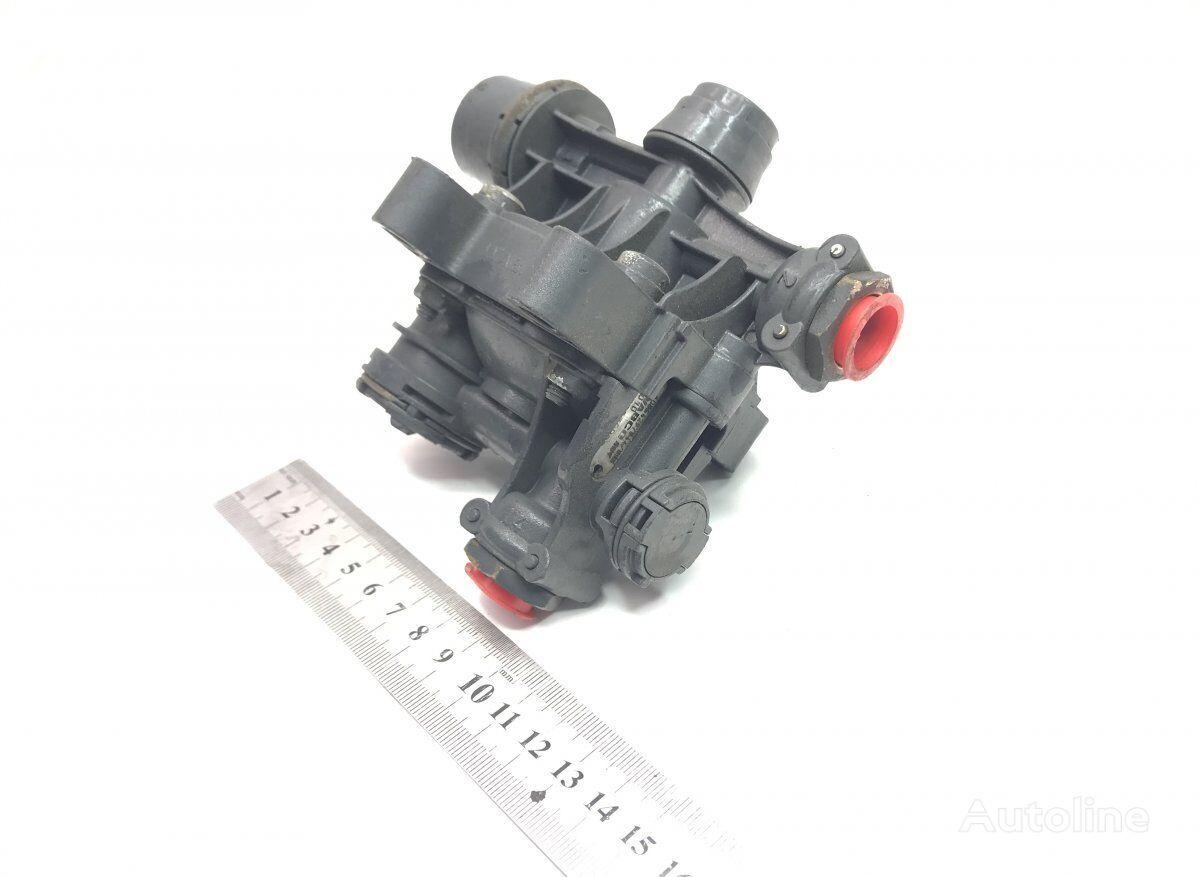 WABCO (4733030000) válvula neumática para MERCEDES-BENZ Actros MP2/MP3 (2002-2011) tractora