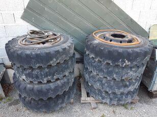 LIEBHERR Tyres with rims to fith Liebherr,Komatsu etc. rueda