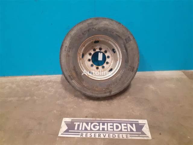 Goodyear 9.50-17.50 rueda